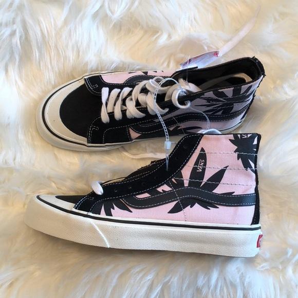 7d37c7daf071 M 5b982647d6dc52310392d147. Other Shoes ...